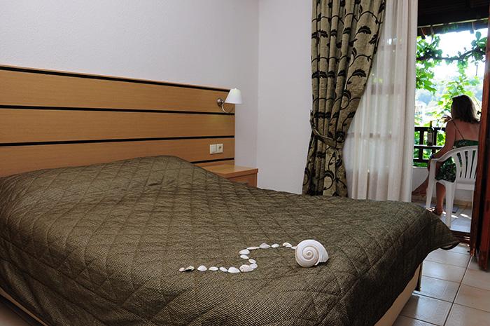 appartments toroni chalkidiki villa panagiota apartments. Black Bedroom Furniture Sets. Home Design Ideas